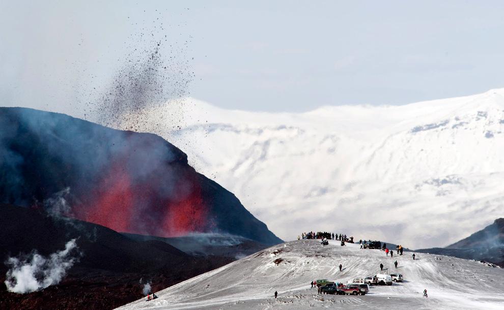 iceland volcano (boston.com)