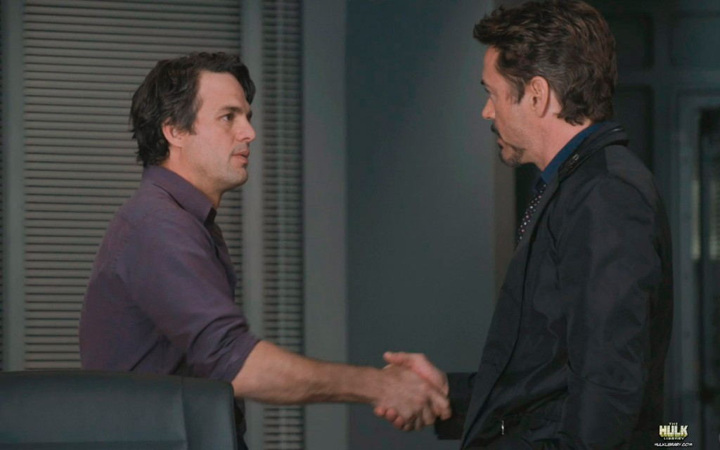 bruce-banner-meets-tony-stark-in-the-avengers-movie-l